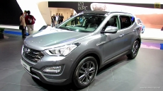 2013 Hyundai Santa Fe CRDi AWD at 2012 Paris Auto Show