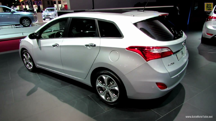 2013 hyundai i30 sport wagon diesel at 2012 paris auto show. Black Bedroom Furniture Sets. Home Design Ideas