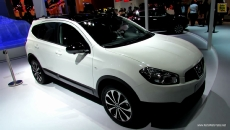 2013 Nissan Qashqai+2 at 2012 Paris Auto Show