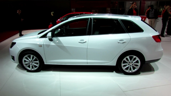 2013 seat ibiza st fr hatchback at 2012 paris auto show. Black Bedroom Furniture Sets. Home Design Ideas