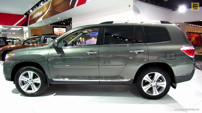 2013 Toyota Highlander Limited At 2013 Detroit Auto Show