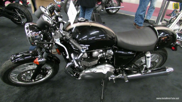 2013 Triumph Thruxton 900 at 2013 Montreal Motorcycle Show