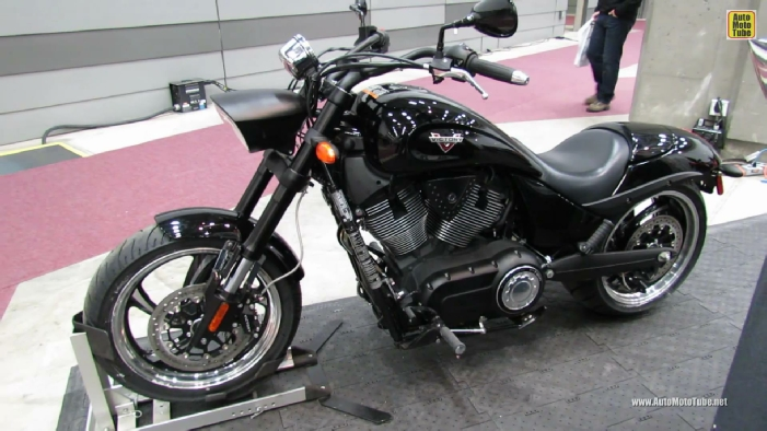 2013 Victory Hammer 8-Ball at 2013 Quebec Motorcycle Show