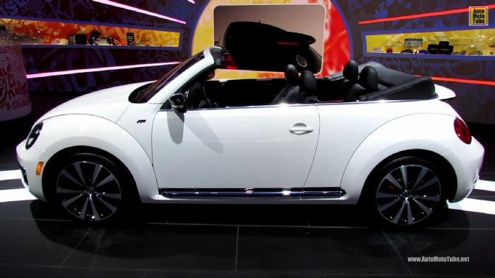 2013 volkswagen beetle turbo r line convertible at 2013 detroit auto show. Black Bedroom Furniture Sets. Home Design Ideas