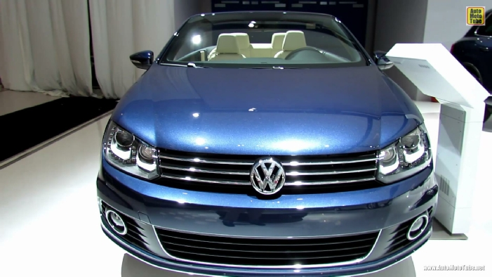 Volkswagen EOS Convertable At Montreal Auto Show - Eos car show