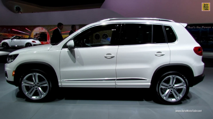 2013 volkswagen tiguan r line at 2013 detroit auto show. Black Bedroom Furniture Sets. Home Design Ideas