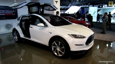 2014 Tesla Model X at 2013 Detroit Auto Show