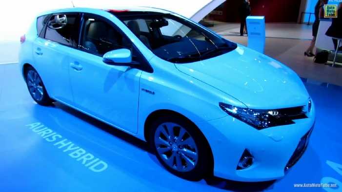 2014 toyota auris hybrid at 2013 frankfurt motor show. Black Bedroom Furniture Sets. Home Design Ideas