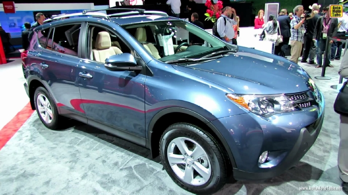 2014 toyota rav4 xle at 2013 los angeles auto show. Black Bedroom Furniture Sets. Home Design Ideas