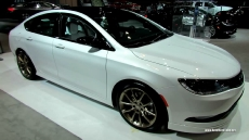 2015 Chrysler 200 S at 2014 Chicago Auto Show