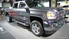 2015 GMC Sierra HD at 2014 Detroit Auto Show