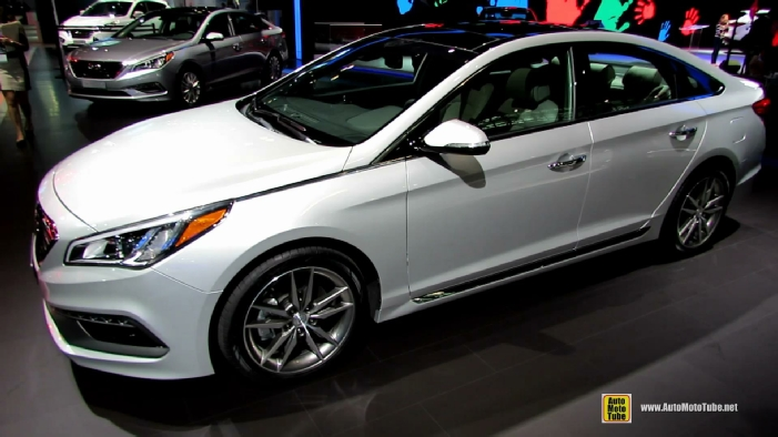 2015 hyundai sonata sport 2 0t at 2014 new york auto show. Black Bedroom Furniture Sets. Home Design Ideas