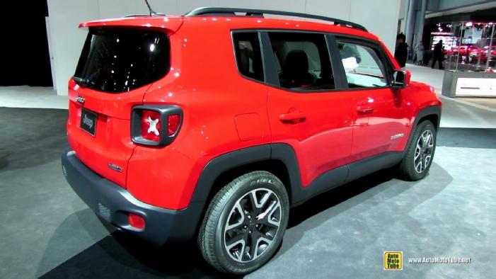 2015 jeep renegade latitude at 2014 new york auto show. Black Bedroom Furniture Sets. Home Design Ideas