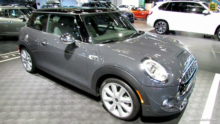 2015 Mini Cooper S At 2014 Montreal Auto Show