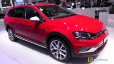 2015 Volkswagen Golf Alltrack TDI at 2014 Paris Auto Show