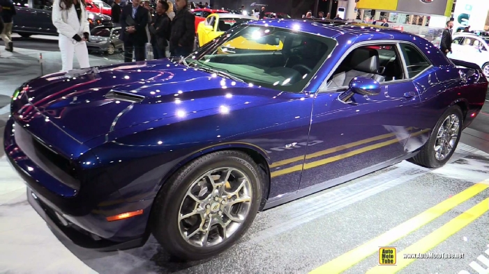 2017 dodge challenger gt awd at 2017 detroit auto show. Black Bedroom Furniture Sets. Home Design Ideas