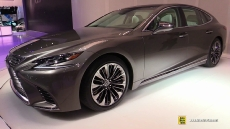 2018 Lexus LS500 at 2017 Detroit Auto Show
