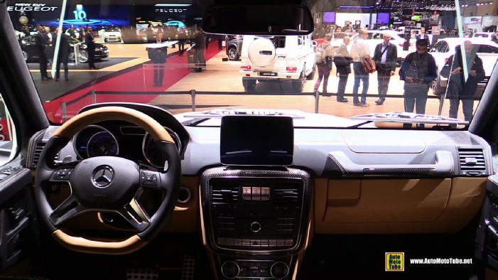 http://www.automototube.net/2018-mercedes-maybach-g650-landaulet-interior.jpg