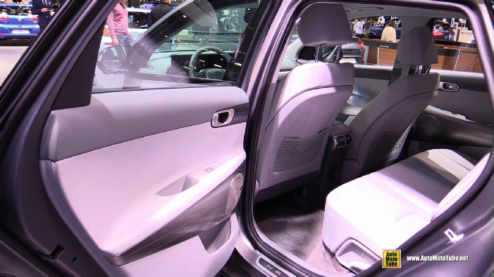2019 Hyundai Nexo Fuel Cell Vehicle at 2018 Geneva Motor Show