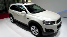 2013 Chevrolet Captiva LT Diesel at 2012 Paris Auto Show