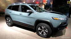 2014 Jeep Cherokee Trailhawk Debut at 2013 NY Auto Show