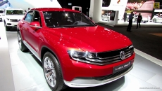 2015 Volkswagen Cross Coupe Hybrid HDI at 2013 Detroit Auto Show